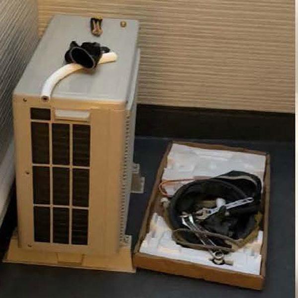 【内・外装】エアコン&カーテンレールの施工